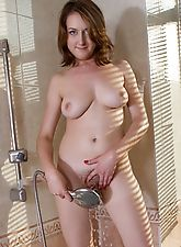 Sandy is a sexy woman with an incredibly hot body