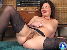 Sofia Matthews lets her hairy pussy breathe